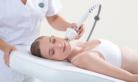 pollogen maximus technology skin tightening non surgical facelift toronto
